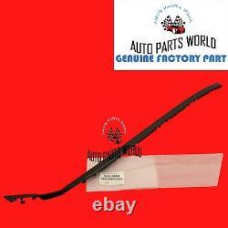 Genuine Oem Lexus 06-13 Is250 Is350 Driver & Passenger Windshield Moulding Kit