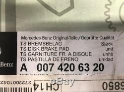 Véritable Mercedes-benz Classe E W212 C218 Et Cls De Frein Avant Kit 2011-2017 Modèles