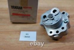 Yamaha Xt550 1vj-13300-00 Oil Pump Kit (3aj) Neu Véritable Nos Xs3642